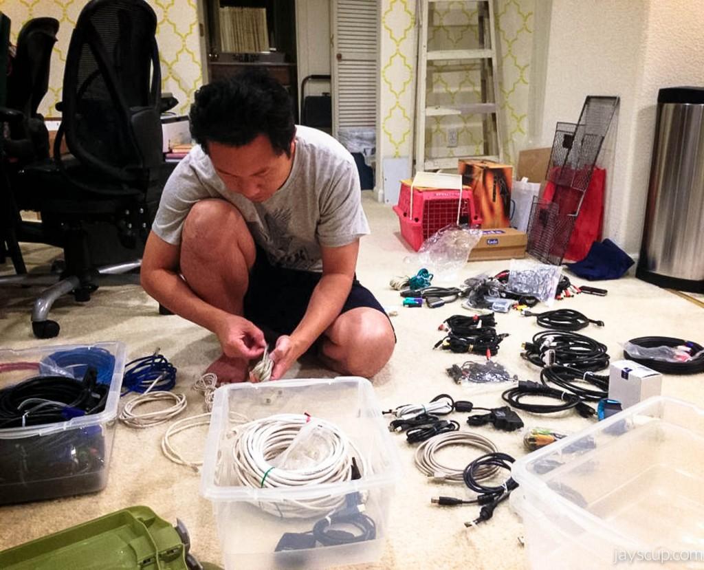 Wire hoarder